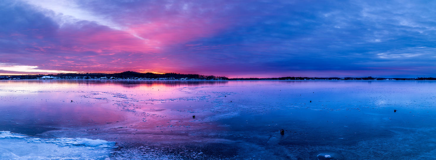 Sunrise in colour by Pic-Em