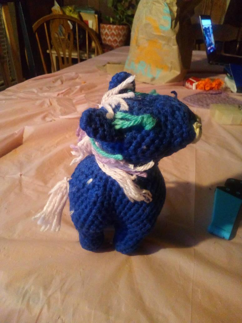 Crochet pony by Mew2fem