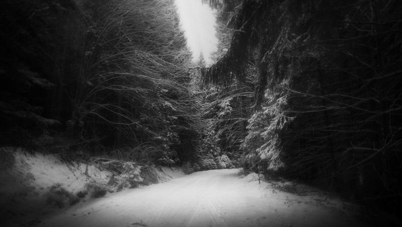 Ghostly road by Sherl91