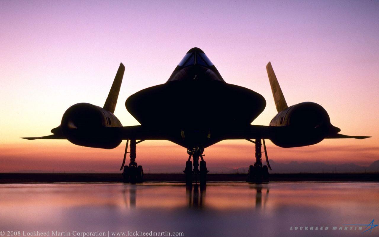 SR-71 Blackbird by DjNeophyte