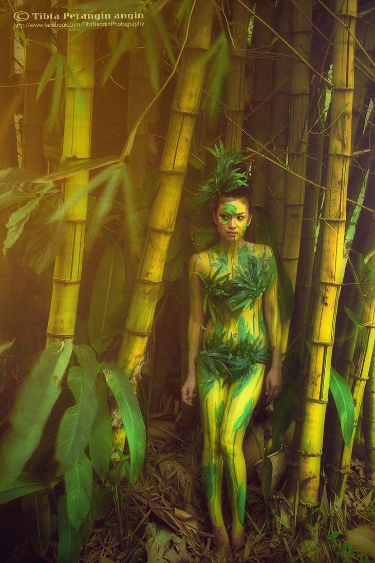 yellow bamboo girl by TibtNangin