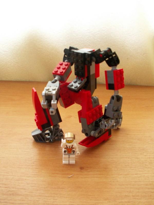 Exoskeleton Prototype wo pilot by TheMugbearer