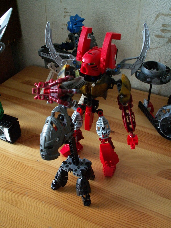 Hard Rock Bionicle - Soloist by TheMugbearer