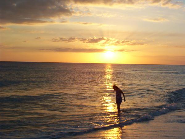 Dancing as the Sun Goes Down by LightsOnLuna