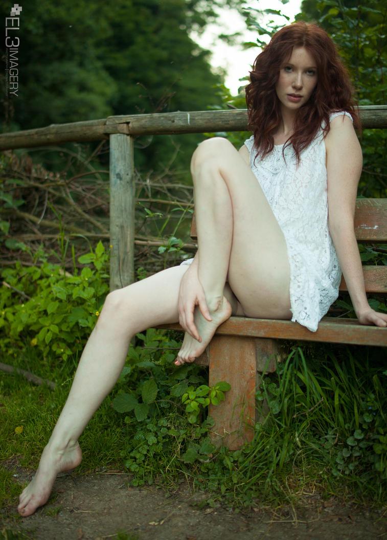 glamorous nude women girls teens
