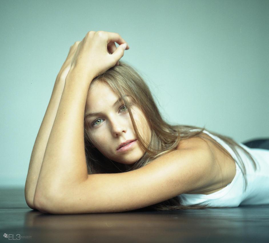 Natalie 1 by EL3-Imagery