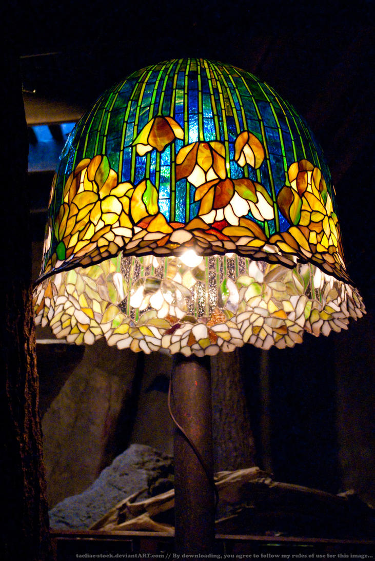 HotR : Stained Glass Lamp 01 by taeliac-stock