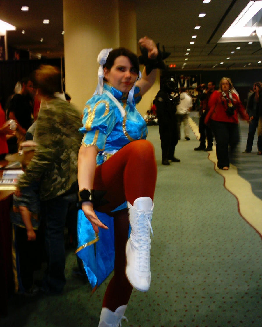 Chun-Li cosplay by Shiroyuki9