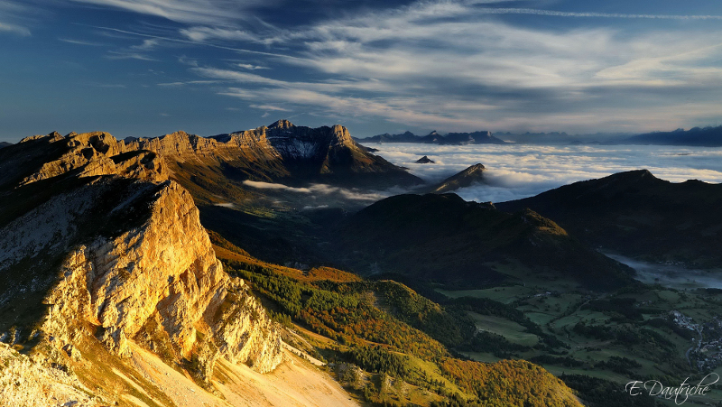 Sunrise at Grand Veymont by emmanueldautriche