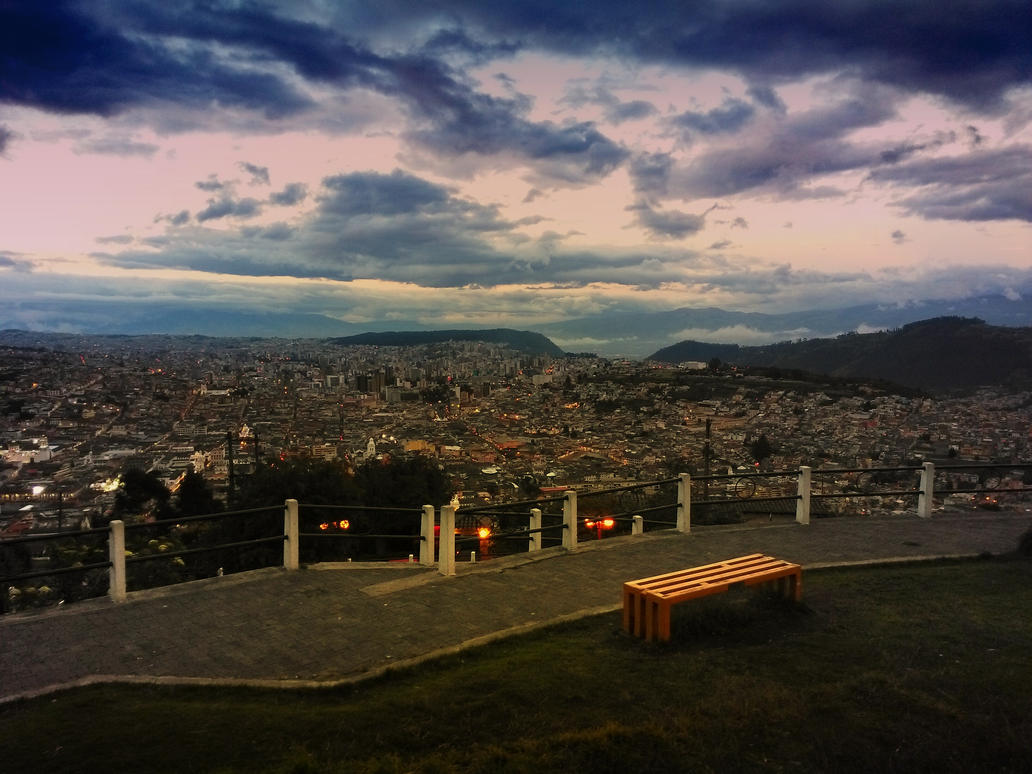 Quito by eduquito