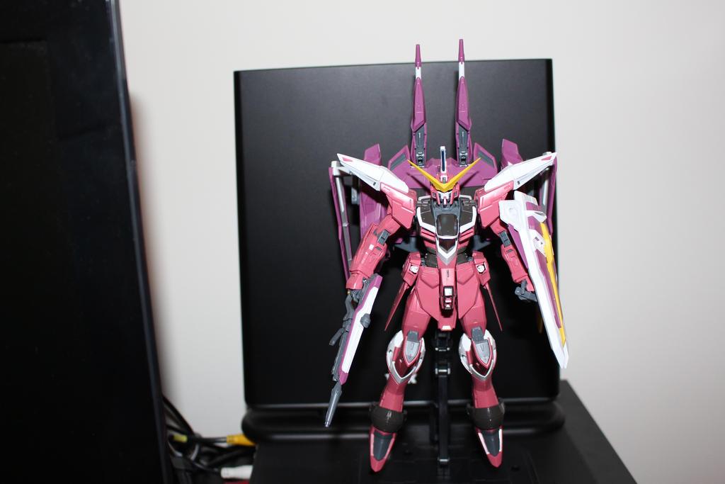MG Justice Gundam by Fujin777