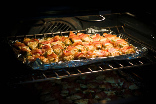 Bacon Apple Jalapino Poppers
