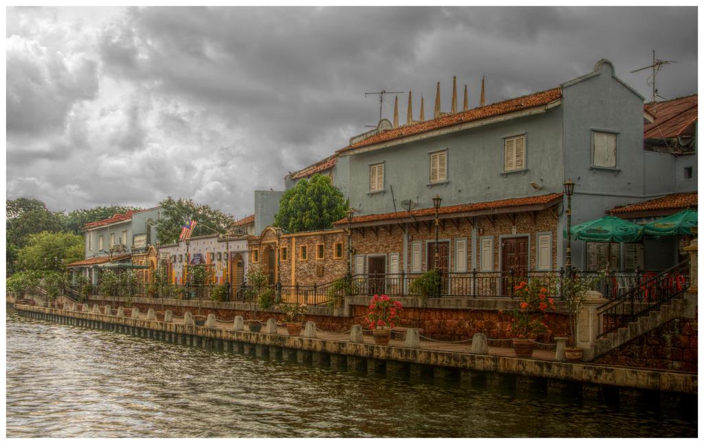 Colorful Melaka 1 by Isyala