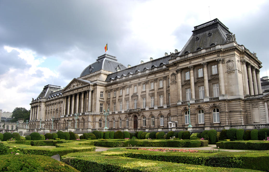Royal Palace of Brussels by farhan169 on DeviantArt