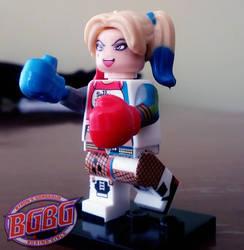Maniac petite boxing girl