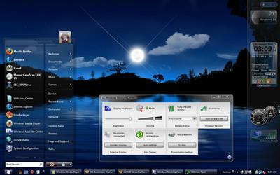Moon Vienna Vista Desktop by kashmier