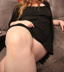 Sexy legs 4 by Lamoureu