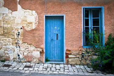 1 door 1 window