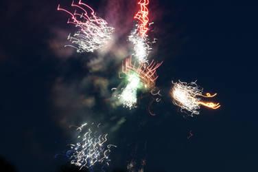 Distorted Fireworks 003 by thunderkracker