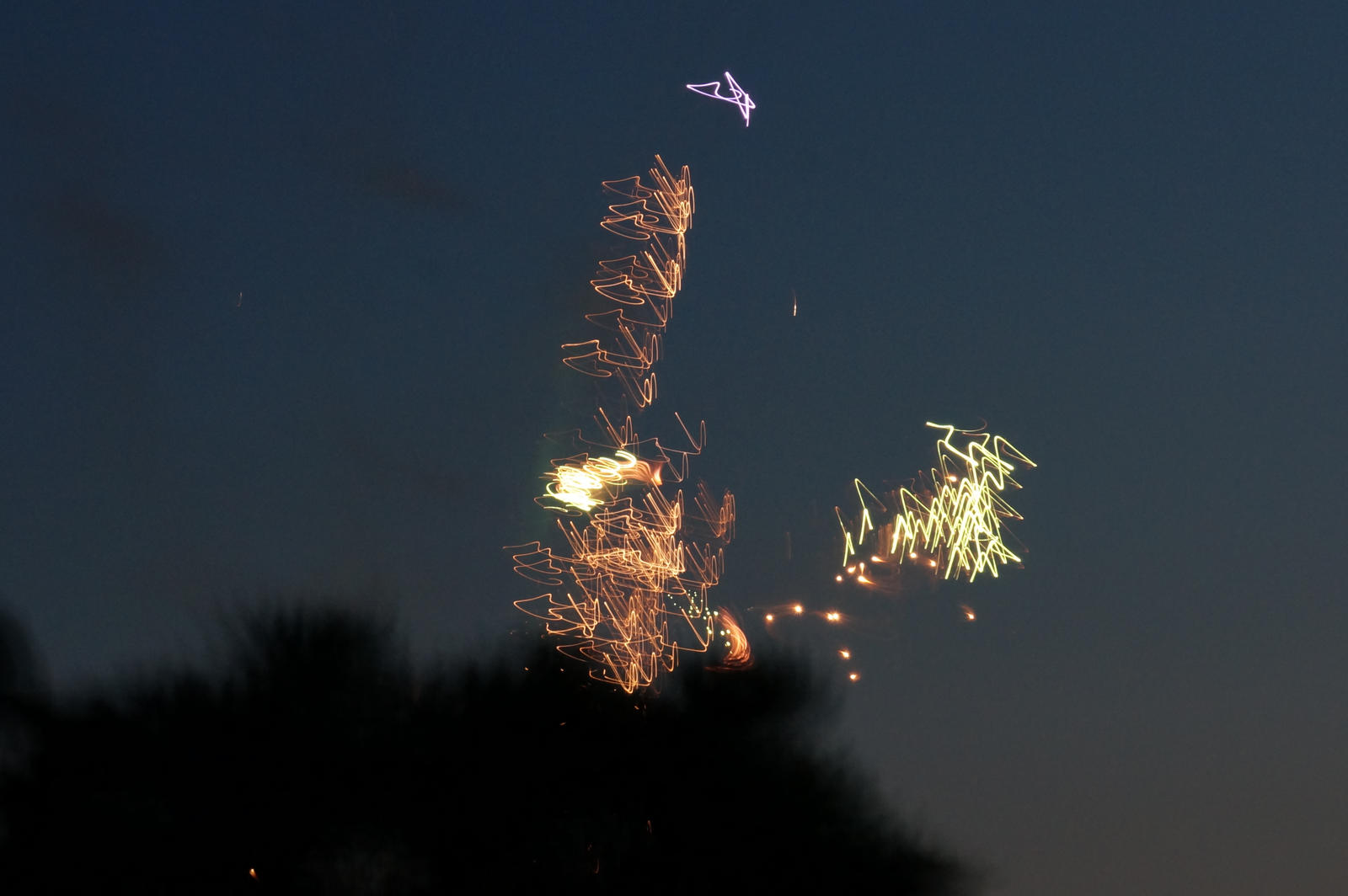 Distorted Fireworks 004