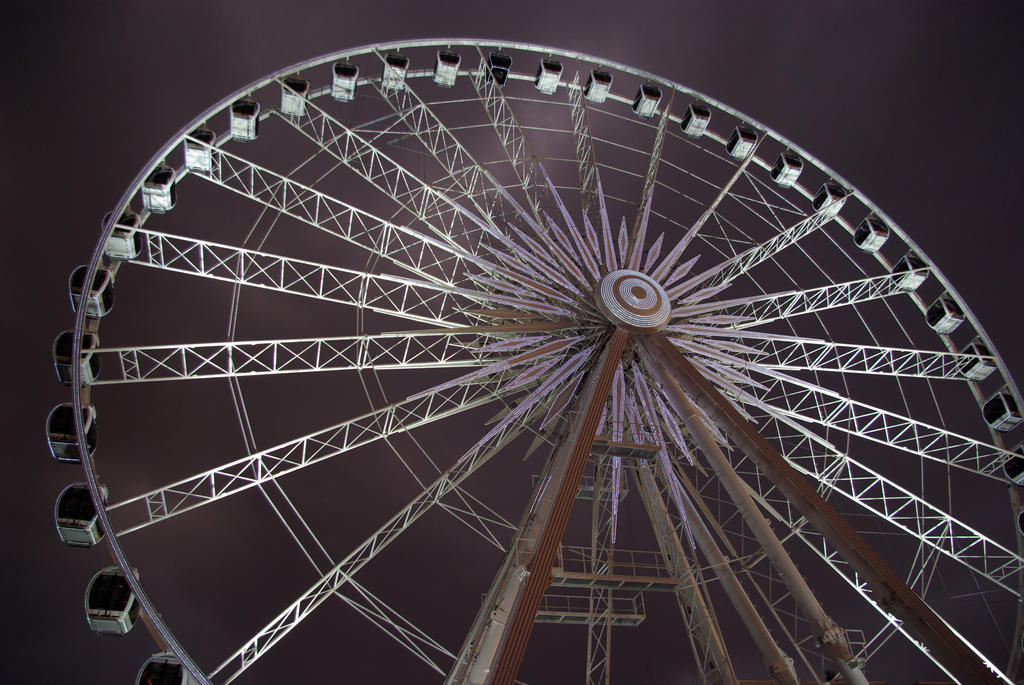 Ferris wheel by Beekveld