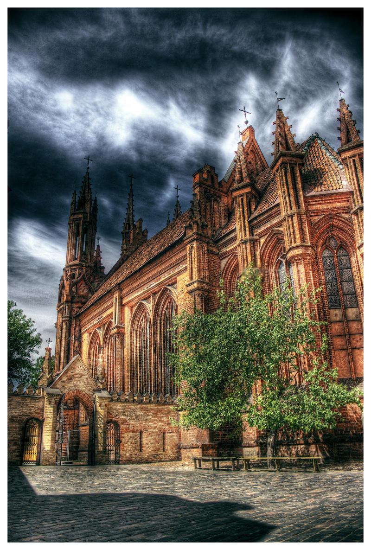 St. Ona's Church. by Gasbot