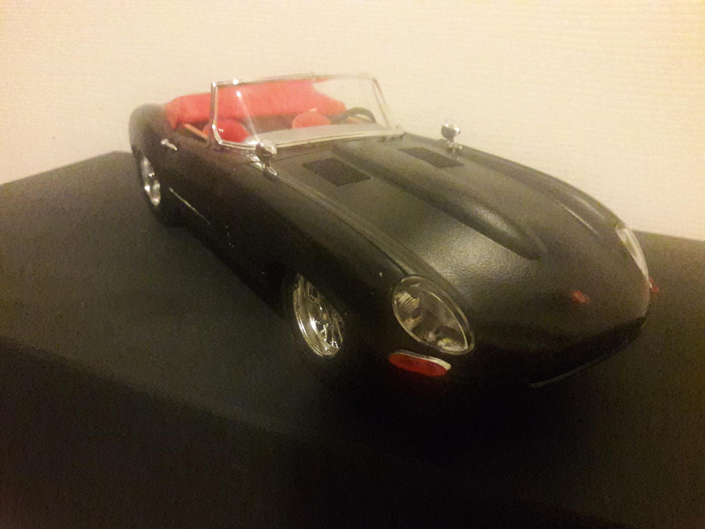 Jaguar E type, custom die cast update 1 by Fadeless451