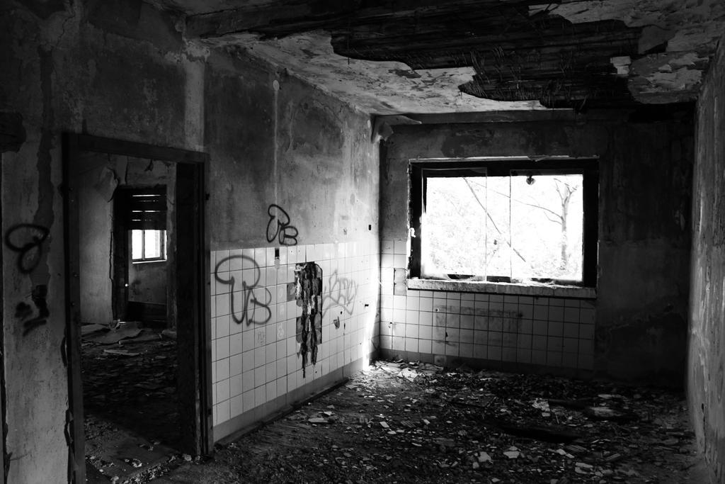 Ehemalige Fabrik by RavenReid