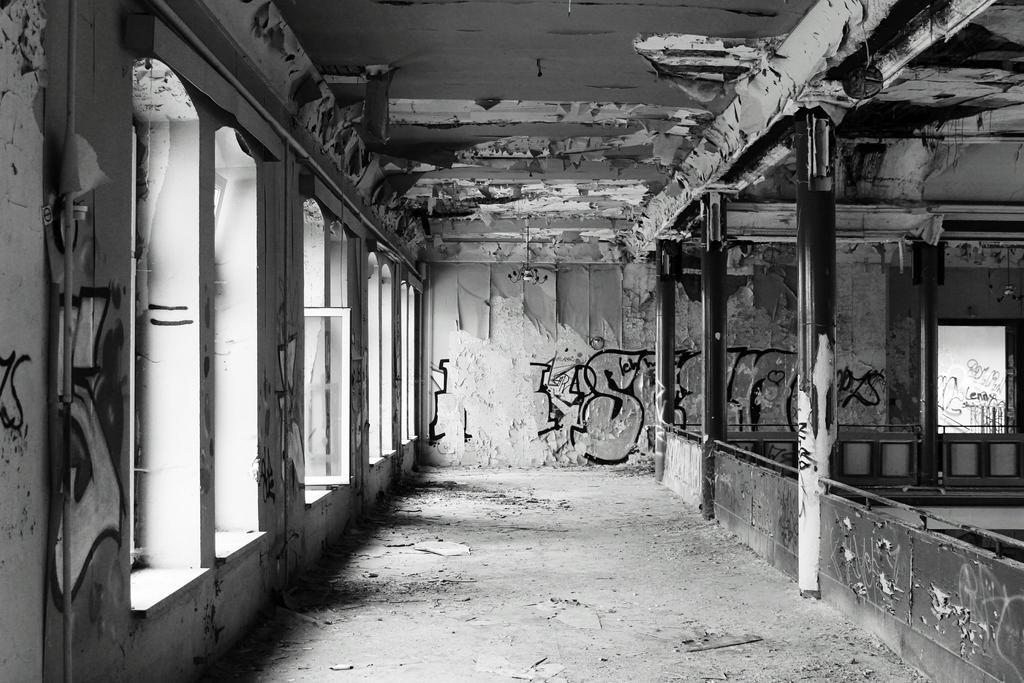 Ehemaliges Ballhaus 2 by RavenReid