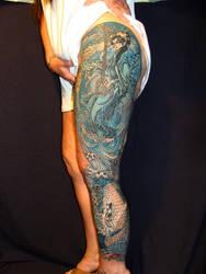 Monochromatic Leg Sleeve by danktat