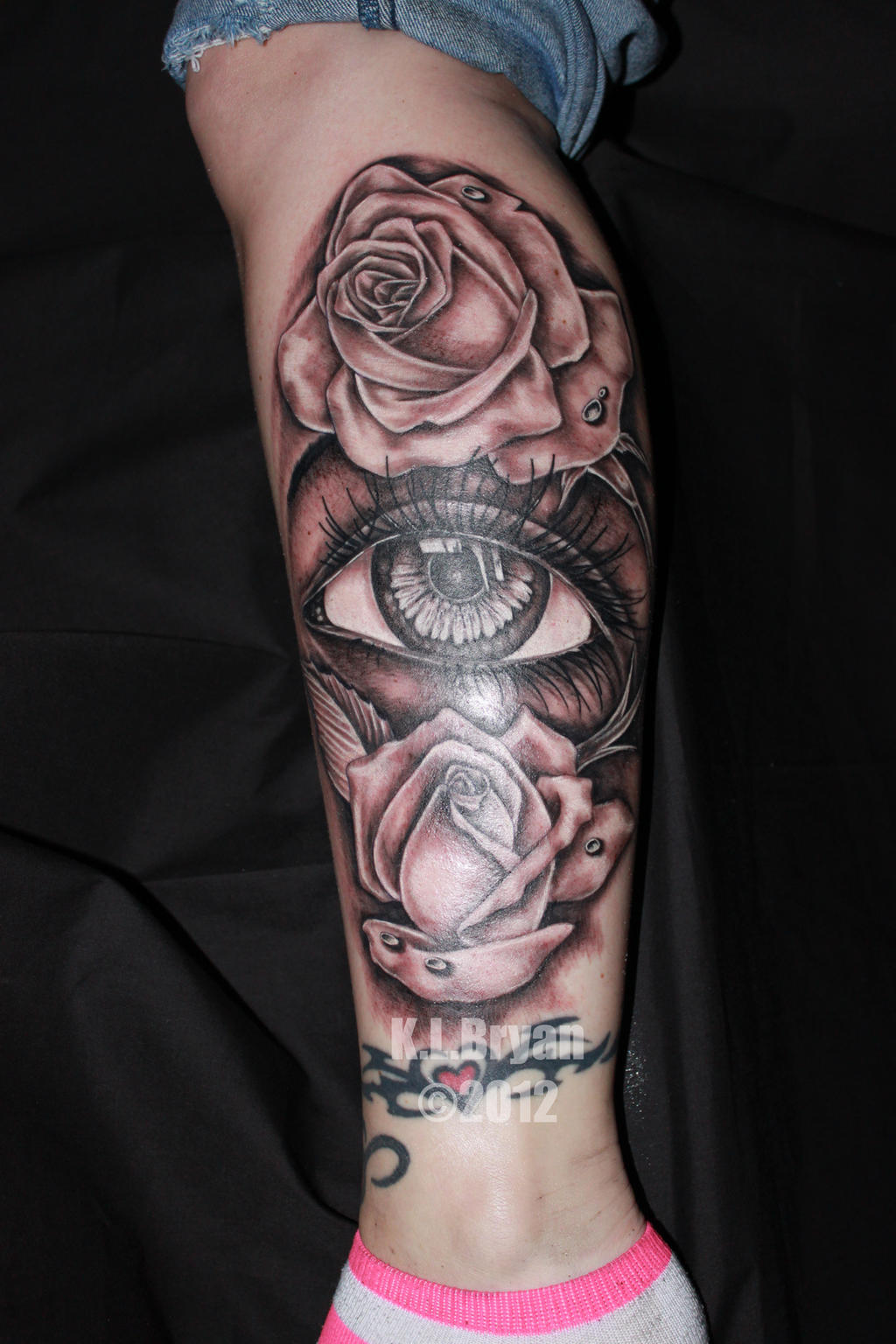 Eye In A Rose Tattoo: Eye And Roses Tattoo By Danktat On DeviantArt