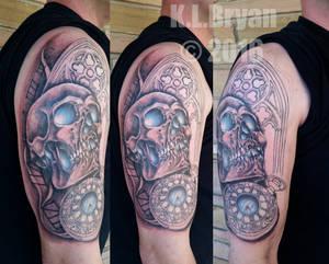 sitting 2 Skull-Watch-Window half sleeve