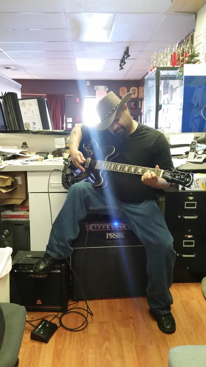 At work with my gitfiddle (guitar) by danktat