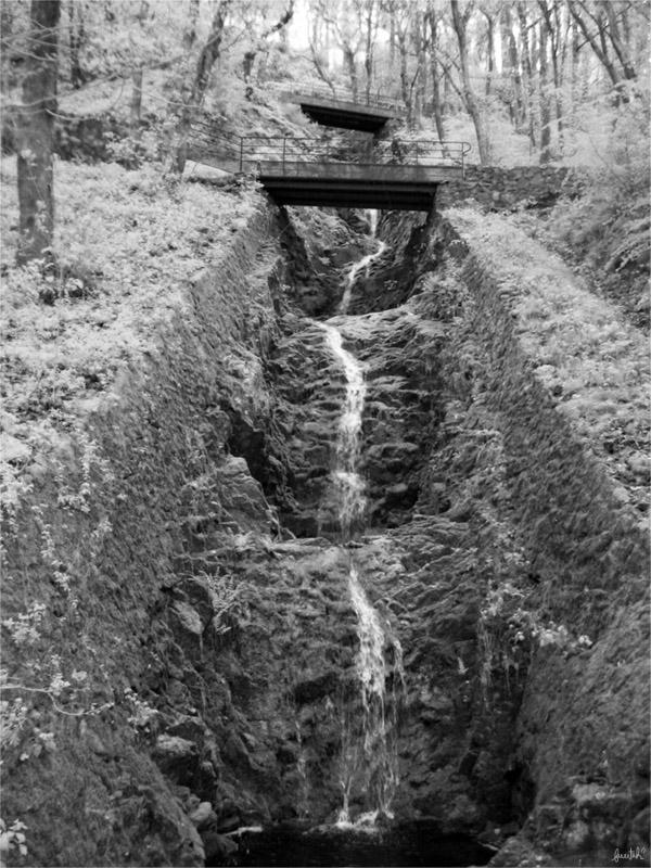 Spillway by furrtek