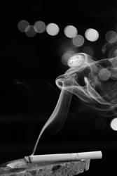 Smoke at night by AlejandroCastillo