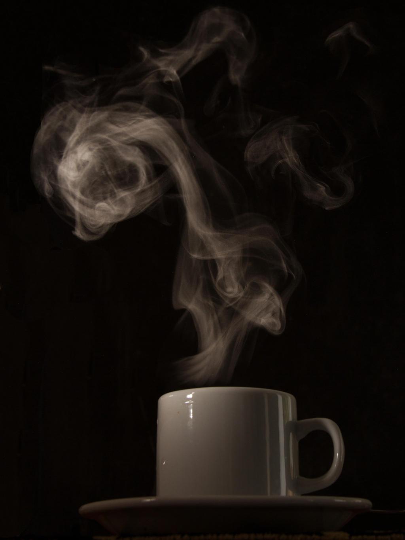 Hot coffee V (steaming) by AlejandroCastillo