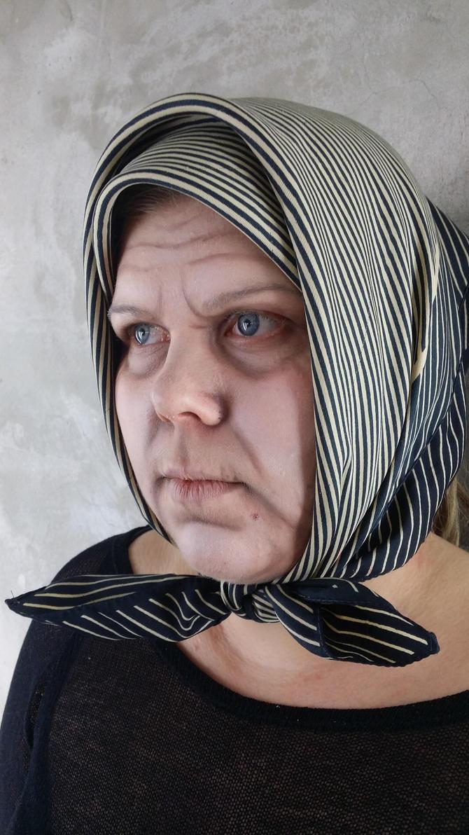 Granny Elina by IhanaMayra