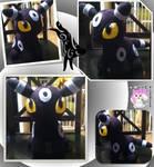 Chibi Standing Shiny Umbreon Plushie