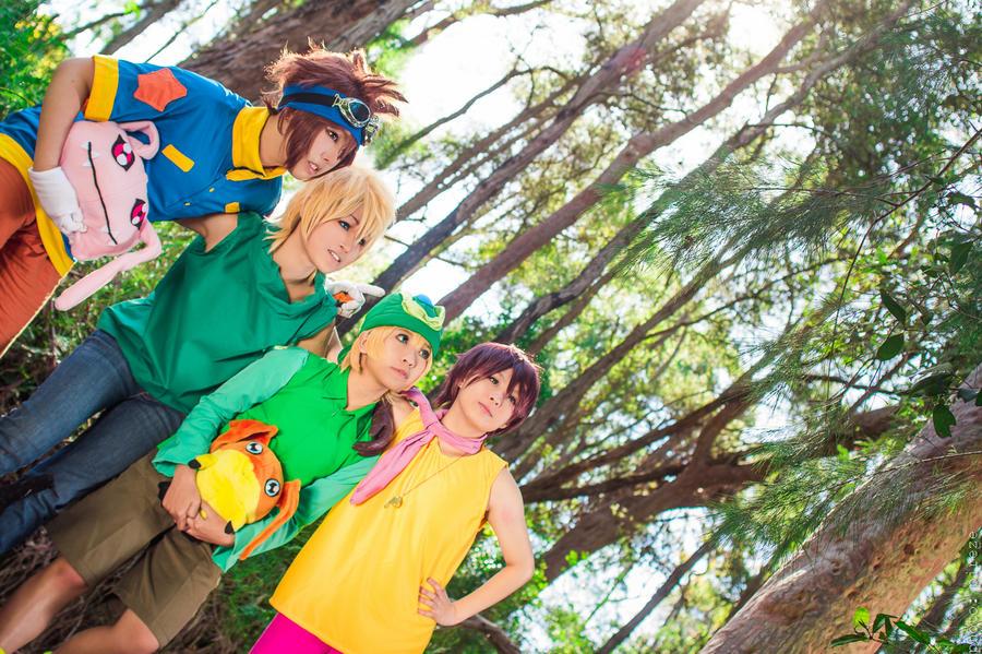 Digimon Adventure : Family ! by InugamiDesu