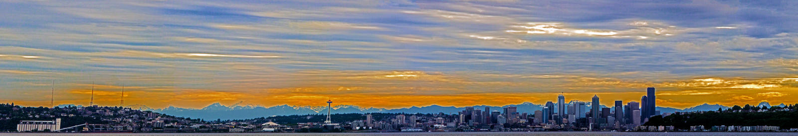 Seattle Waterfront by Mackingster
