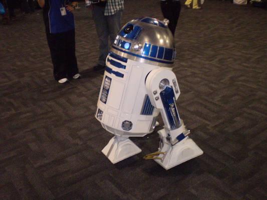 Supanova 2010 - 7 - R2 D2