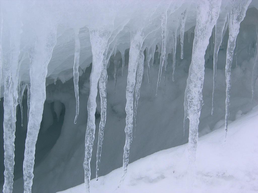 140 Words Essay on Winter season for kids