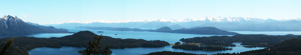 Water's Glow in Bariloche