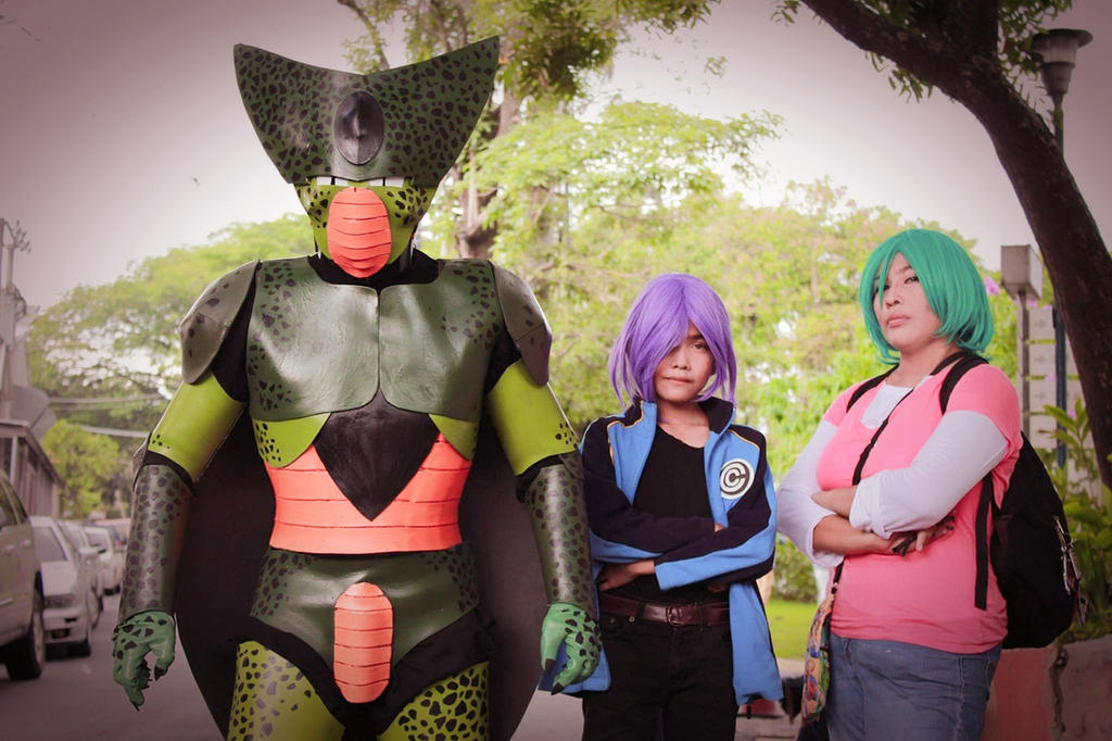 Dragon Ball Z Cell, Trunks and Bulma Cosplay by LadyLorrayne