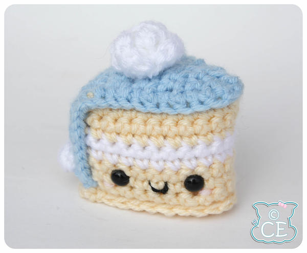 Blue Fondant Cake 1 by moofestgirl