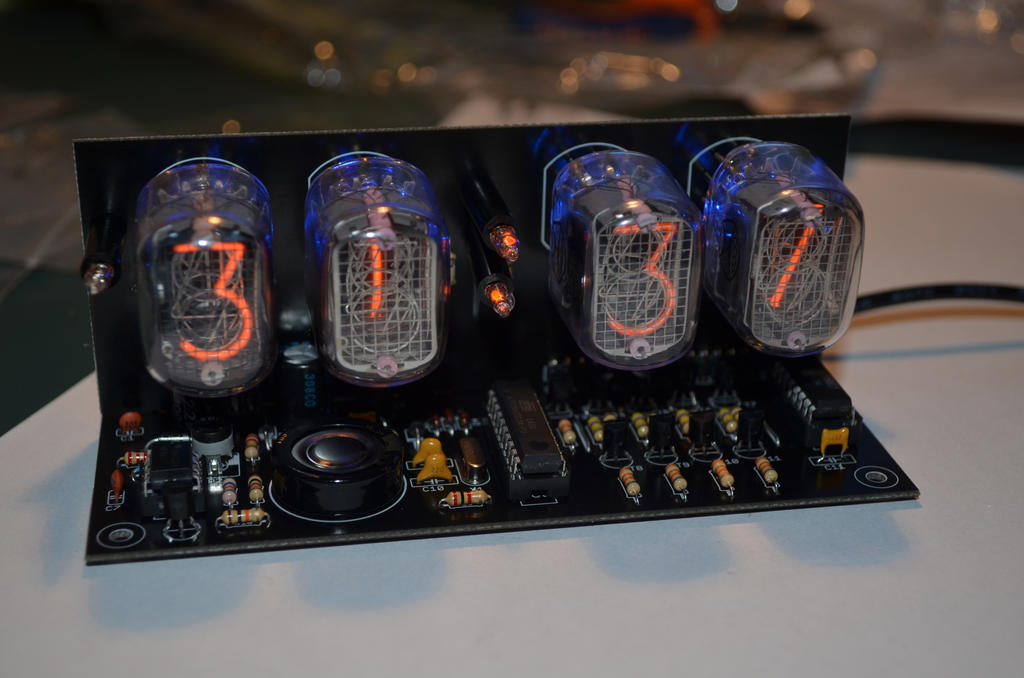 Nixie Tube Clock by Dragon181