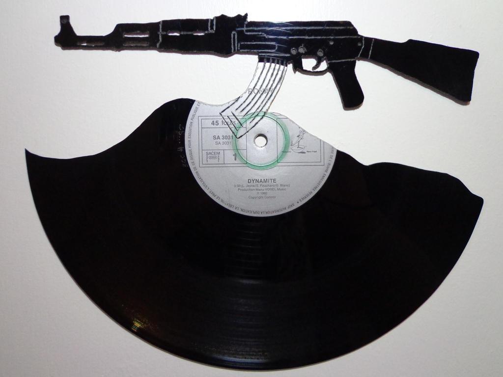 #008 - Ak47 Vinyl record art