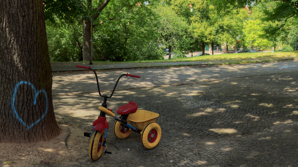 Tricycle by RLVFX