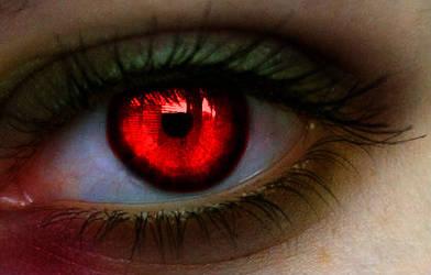 Zombie Eye Manip by ColorinSilence
