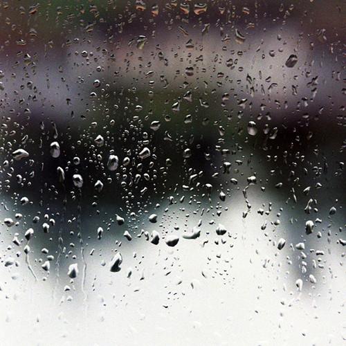 Jours de pluie by x-escapevelocity-x